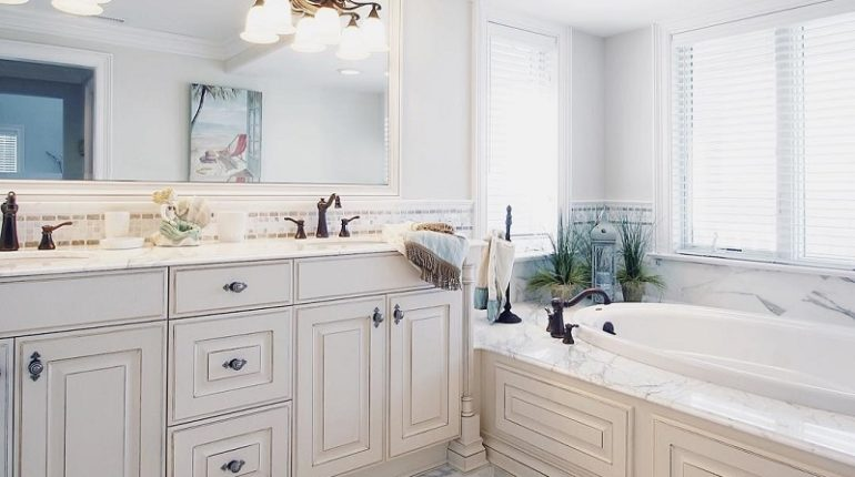 Beach Craze Theme Decor Ideas For Bathroom