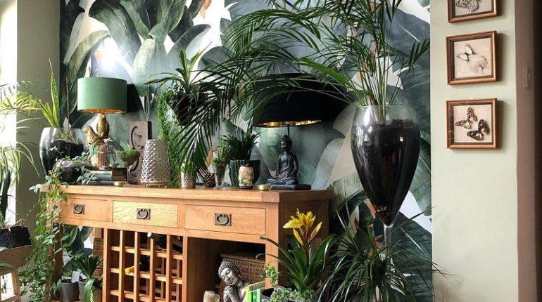 Wild Botanical Decor Ideas For Bedroom