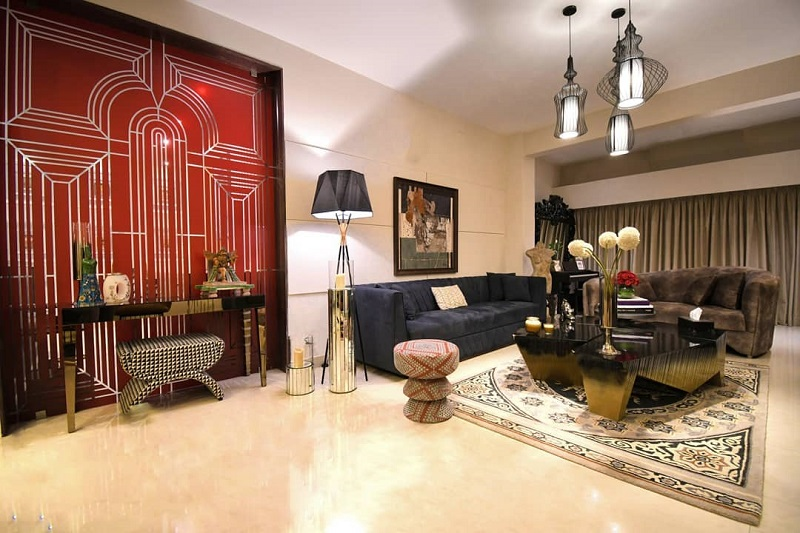 An Artistic Styled Decor For Living Room