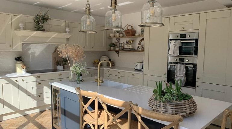 Mediterranean Styled Decor Ideas For Kitchen