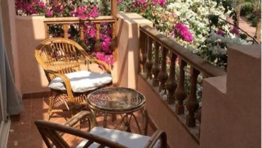 Charming Romantic Décor Ideas For Balcony