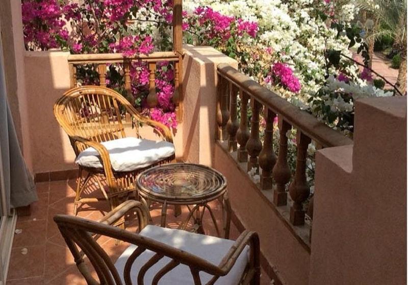 Charming Romantic Décor Ideas For Balcony