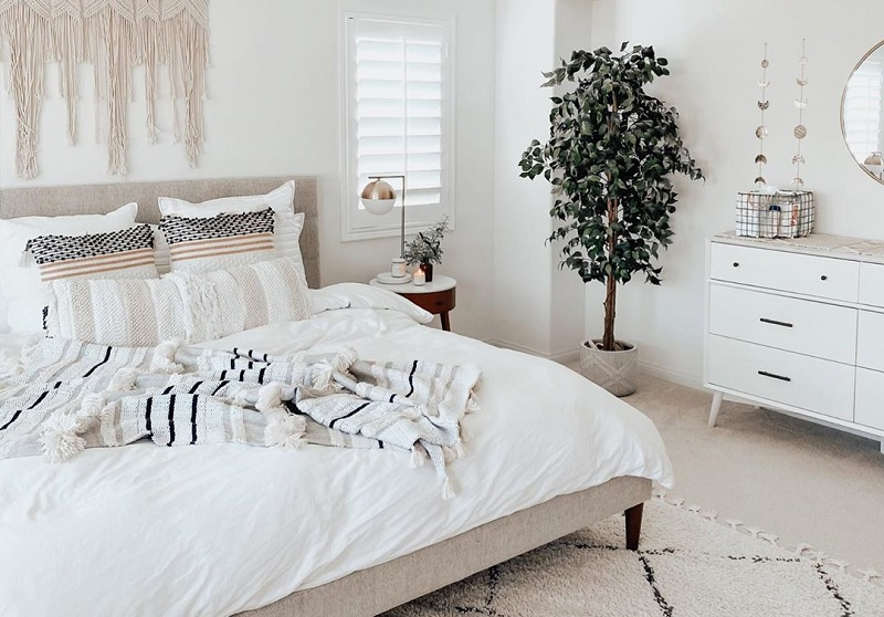 Bring Up The Modern Furniture Pieces In The Bedroom