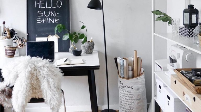 Attention-Grabbing Decor Ideas For Home Office