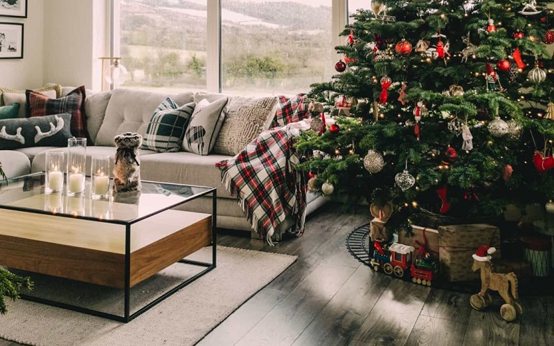 Top Tips To Decorate Living Room During Christmas