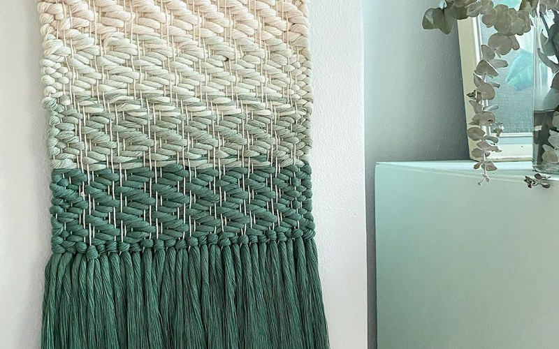 How To Infuse Color Green In Modern Interior