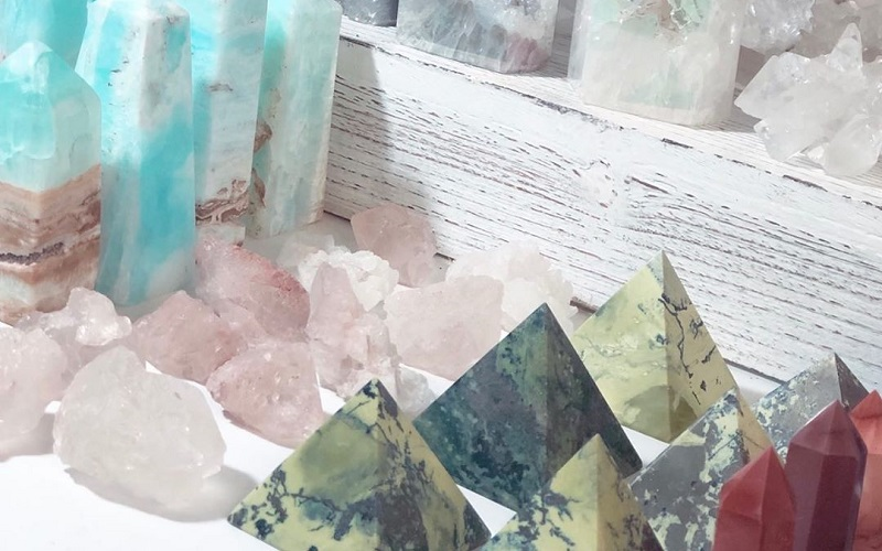 Top Soothing Crystals Keep In Home For Positivity