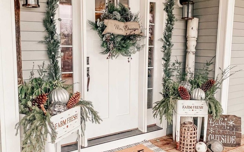 Marvelous Decoration Ideas For Porch During Christmas