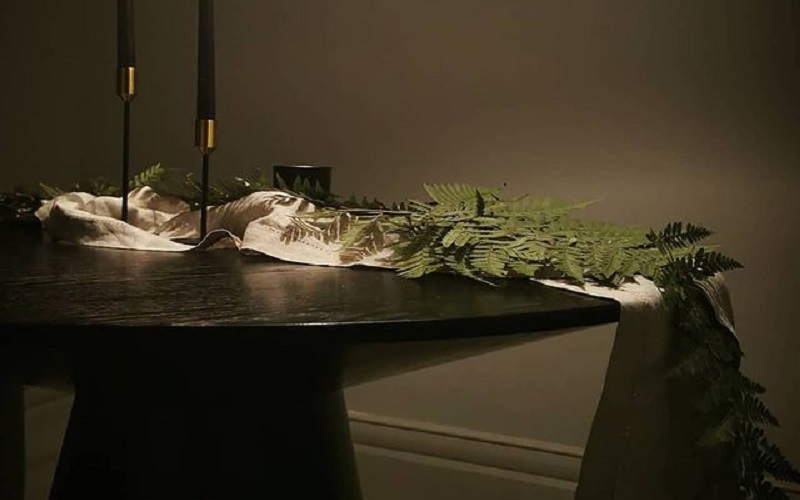 Best Elegant Minimal Table Decoration & Setting Ideas